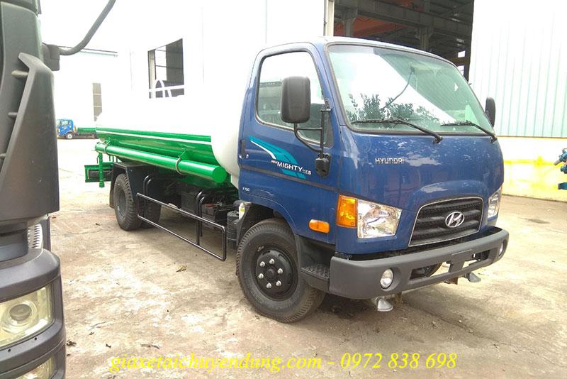 xe phun nước rửa đường 6.5 khối hyundai 110sp