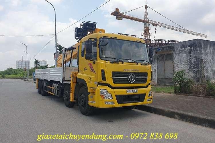 xe tải dongfeng 4 chân gắn cẩu soosan 15 tấn